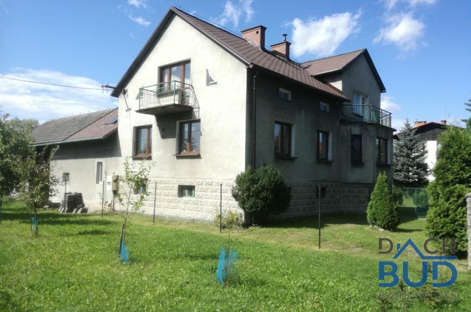 Dom przykryty gontem IKO ARMOURSHIELD W Mnichu